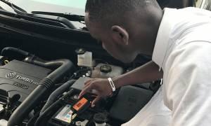 Чем заклеить аккумулятор автомобиля своими руками?